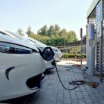 Quelle borne de recharge electrique choisir pour un véhicule électrique
